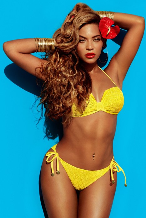 beyonce-hm-01_vogue_12apr13_b