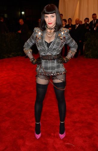 Madonna_Givenchy