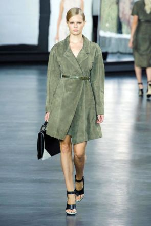54bc1c05728c6_-_-nyfw-ss2015-trends-military-style-04-jason-wu-rs15-0443-lg